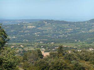 1- Le groupe au vieux village. 2- Vers Faucon. 3- Vers la Vallée du Rhône. 4- Le Ventoux bien dégagé.