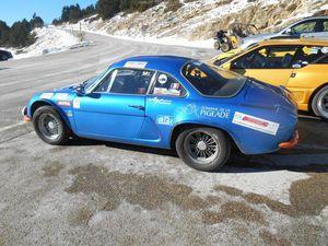 1- Le Reynard baigné de soleil. 2- Une belle Alpine Renault. 3- Les 3 Mousquetaires heureux !