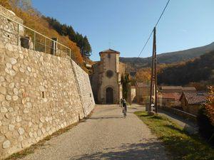 De superbes paysages, de petits villages et des chemins de partout telle est cette Ardèche.
