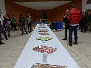Excellent apéro dînatoire à la salle de St Pierre pour le BCB et repas animé pour le CCCM à Pierrelatte.