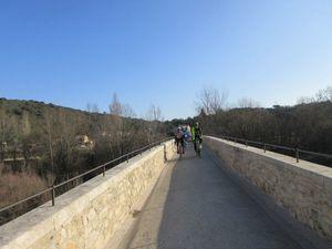 Les belles routes du Gard et ses beaux villages comme celui de La Roque sur Cèze :-)