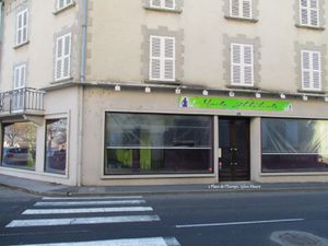 Boutique en transformation à Maurs