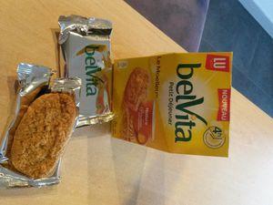 Belvita Petit déjeuner nature aux 5 céréales complète