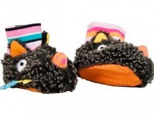 Le hamac, j'en rêve!!! Et des petits chaussons trop mimi!