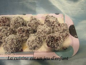 Boule de noix de coco et chocolat