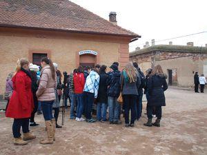 Les élèves tchèques, slovaques et français à Terezin, vendredi 5 avril 2013