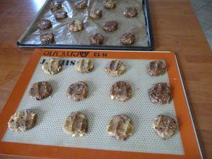 Cookies Carambars, chocolat et cacahuètes