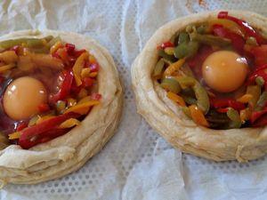 Tartelettes aux œufs, chorizo et poivrons