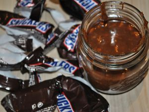 Pâte a tartiner aux snickers♠