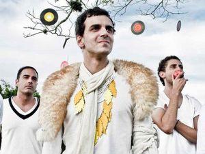 Sobre Gostar e Esperar (2009) - Volantes