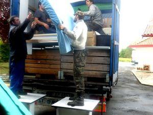 Le 10ème camion humanitaire de l'année est chargé par AIMA
