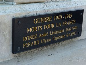 Somme-Suippe - Monument aux Morts