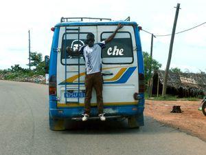 Taxi brousse et Gbaka