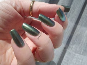 Swatch MAVALA &quot&#x3B;Métallic Emerald Gold&quot&#x3B;