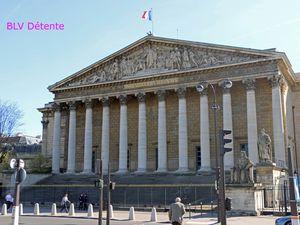 Mardi 14 Avril 2015 : Sortie à l'Assemblée Nationale et balade dans PARIS en car à Impérial