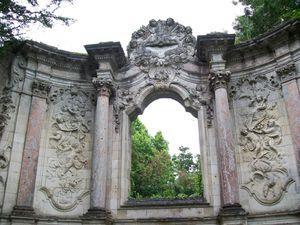 Château du Taillan, façade jardin & le retable