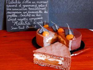 MALAKA d'après Jean-Paul Bardet : Entremets Chocolat au Lait-Abricot-Noisette