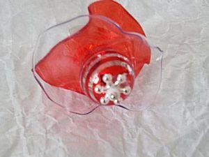 Attention ce modèle n'est plus disponible - Perle de verre et toujours le travail de la matière plastique...