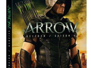 La quatrième saison de Arrow, et le coffret, sont disponibles en Blu-ray et DVD à partir du 12 octobre