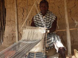 Tissage traditionnel, tisserand Elias