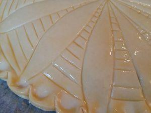 Galette feuilletée à la crème frangipane