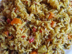 Riz aux légumes et à la viande de boeuf  روز بالخضر و قطع اللحم