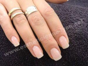 Les faux ongles pour ou contre ?