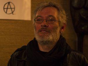 A droite le poète André Orphal : auteur d´Une bouche pleine de pétales paru à Paris en janvier 2014.