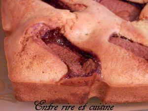 Gâteau à la Maïzena, Pêches et Daim®