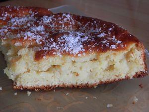 Gâteau moelleux ananas, noix de coco