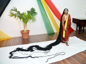 Asha Zulu Mandela, la femme aux plus longs cheveux au monde