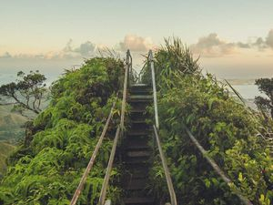 Haiku Stairs, Stairway to heaven, Les escaliers du paradis, Hawaï