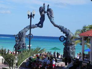 La Plage Del Carmen et son portail Maya, Mexique