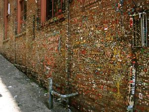 Le mur de Chewing-Gum, Le Gum Wall, Seattle, USA