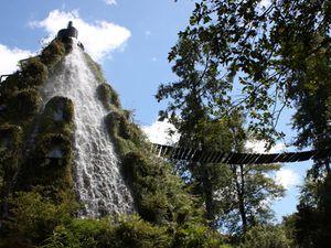 Hôtel de la Montagne Magique, Incroyable hôtel, Chili