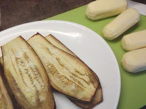 Roulés d'aubergine aux quenelles de Lyon