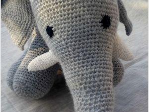 un éléphant au crochet