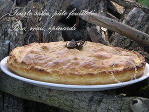 Tourte salée, pâte feuilletée Porc, veau, épinards, herbes, épices Un régal de saveurs Jaclyne www.cuisineetgourmandise.fr