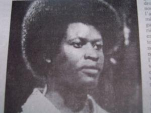 Os angolanos Sam Mangana e Mavatiku Visi Michelino, eminentes artistas musicais da segunda geraçâo da Rumba Congolesa.w