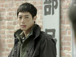 Regardez, j'ai mis Jung Tae! Il n'y a pas QUE Jung Jae Hwa. Je ne suis pas obsédée je vous dis &#x3B;A&#x3B;