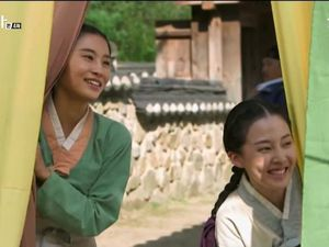 [Cernes sur petit écran] The Three Musketeers / Discovery of Romance