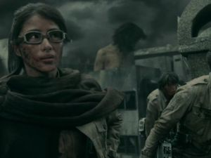 [Apocalypse zombi taille supérieure] Attack on Titans  進撃の巨人 (le film)