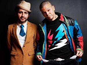 calle 13, un duo de reggaeton puis de rap urbain et de hip-hop de puerto rico composé de 2 demi-frères et de leur soeur