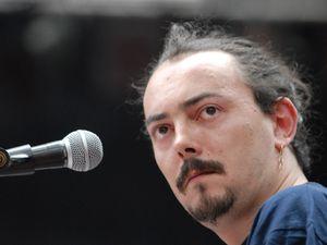 tristan décamps, chanteur, auteur et compositeur français qui est le fils de christian descamps
