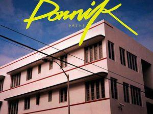 dornik, un enfant prodige de londres connu pour être le batteur de la talentueuse jessie ware, de la néo-soul britannique