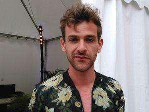josef salvat, un chanteur australien qui se fait connaitre pour sa reprise de &quot&#x3B;diamonds&quot&#x3B; de rihanna