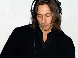 christophe le friant, alias bob sinclar, du courant électro de la french touch au pop-clubbing