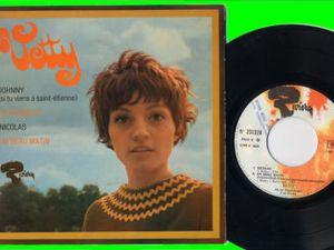 vetty, une chanteuse française qui se rend célèbre avec un titre de jacques martin &quot&#x3B;johnny si tu viens à saint-étienne&quot&#x3B;