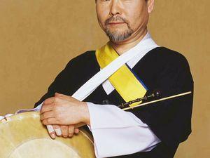 kim duk-soo, un musicien sud-coréen, l'un des représentants de la musique traditionnelle de corée du sud