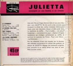 julietta, une chanteuse française des sixties avec une voix pure et le climat des vieilles chansons folkloriques